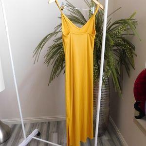 Forever 21 Dresses - Yellow Maxi Sun Dress